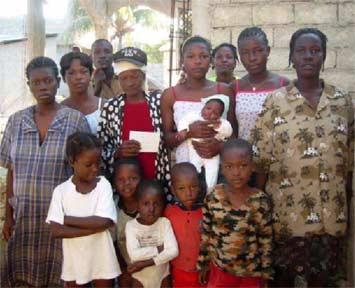 Aide aux familles l'école St Alphonse, bidonville de Cité Soleil en Haïti
