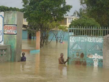 L'école de Fourgy inondée par le passage du cyclone Sandy sur Haïti