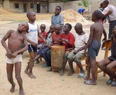 Inauguration du nouveau centre Ndako Ya Biso pour enfants de la rue à Kinshasa