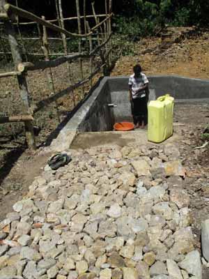 Source d'eau potable à Kabweke au Nord Kivu en RD Congo
