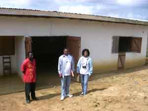 le Chef du village et les responsables du CAMIC