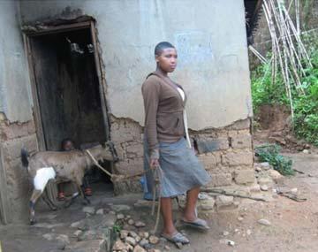>Maison d'une orpheline au Rwanda
