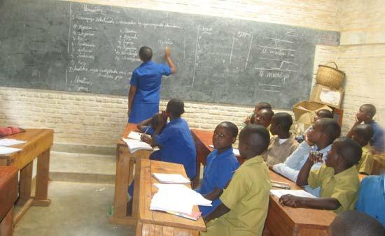 Classe d'école primaire au Rwanda