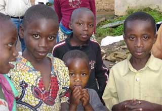 Enfants des rues réinsérés dans leur famille