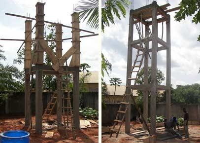 Les niveaux 2 et 3 du château d'eau de Badja sont construits